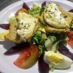 La Salade de Chèvre Chaud